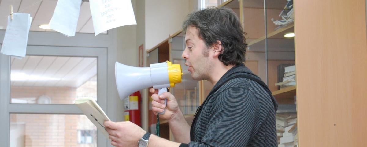 Raúl Vacas Polo: «Sin poesía, una sociedad es mediocre...»